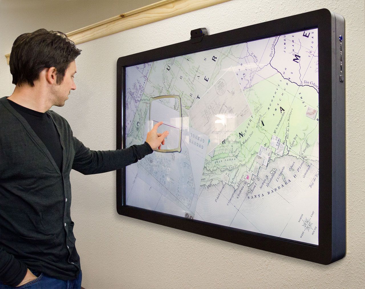 Ideum Releases MT65 Presenter Multitouch Wall Display