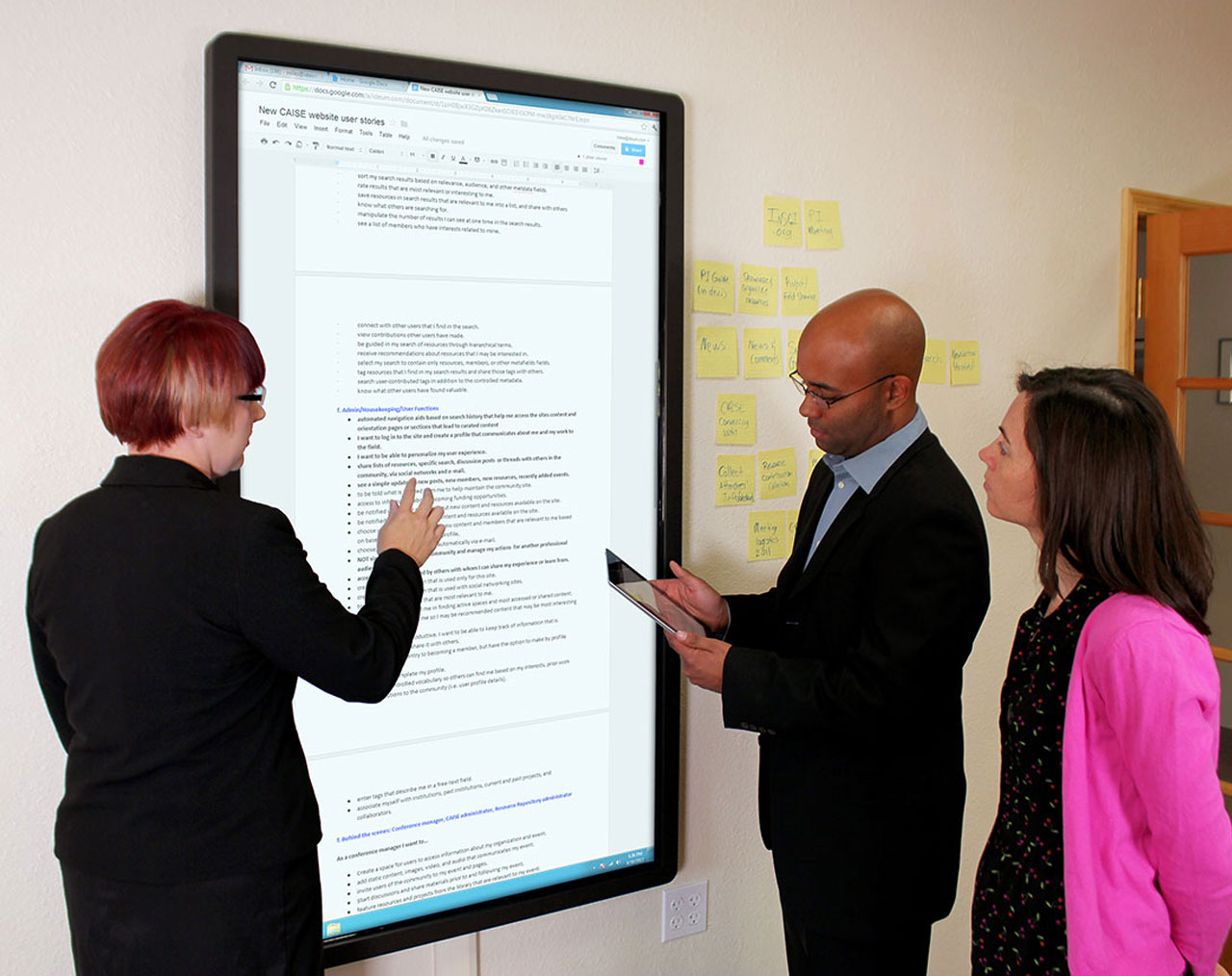 New Presenter Model – Huge Multitouch Wall