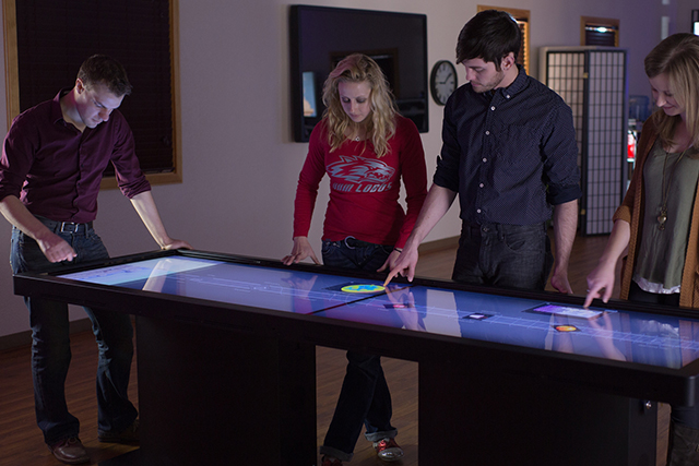 Image for the post: 'Giant Multitouch Tables: Pano vs. Colossus'