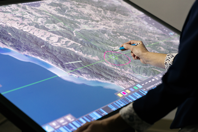 Live Earth Software and Ideum Touch Tables & Touch Walls